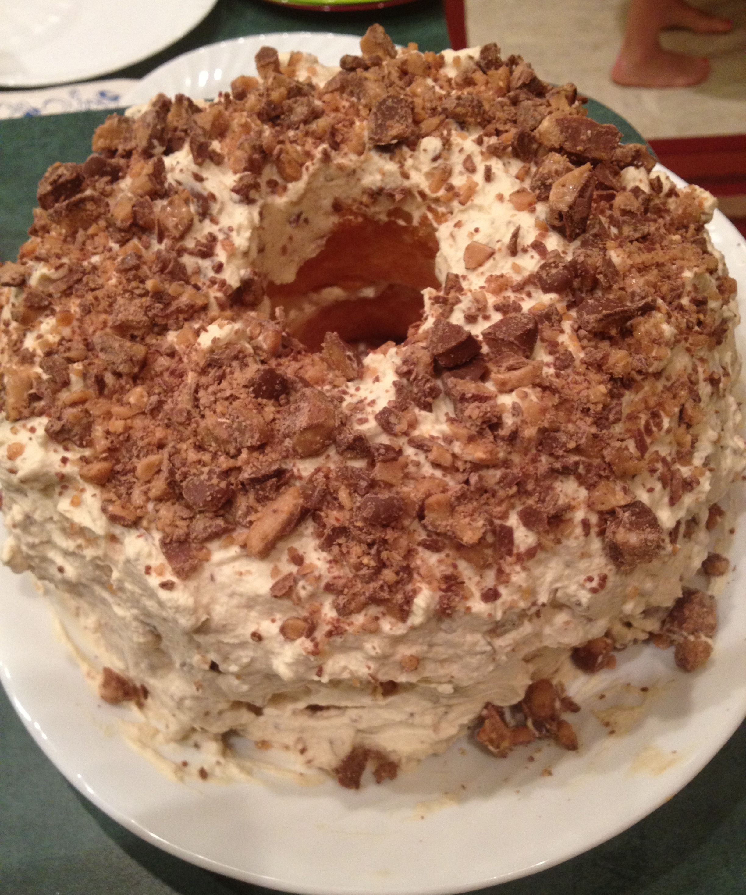 Angel Food Cake With Heath Bar Whipped Cream Icing Recipes ...
